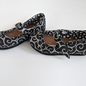 Toms Shoes - Toms Shoes Toddler Size 6.5